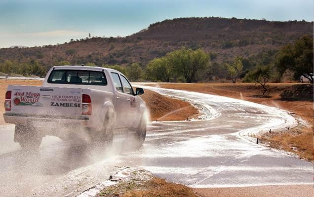 Сравнительный тест колеса: Тормозной путь на сухой поверхности Continental ContiCrossContact AT, Cooper Discoverer AT3, Dunlop GrandTrek AT3 265/65 R17 Leisure Wheels 2013