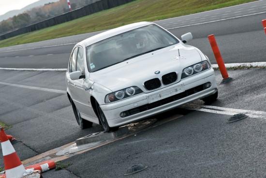 Тест драйв покрышки для легковых авто: Управляемость на сухом асфальте Nokian Hakka Green, Pirelli Cinturato P1, Кама Евро 236 185/60 R15 Авторевю 2012