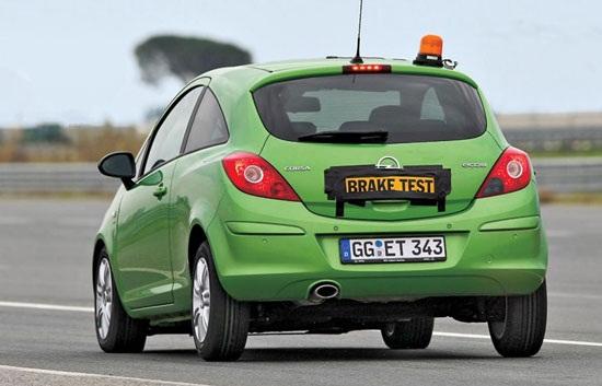 Сравнительные характеристики шины для летнего сезона: курсовая устойчивость шумность Hifly HF201, Michelin Energy Saver, Nokian Hakka H, Pirelli Cinturato P1, Uniroyal Rain Expert 185/60/15 Auto Zeitung 2012