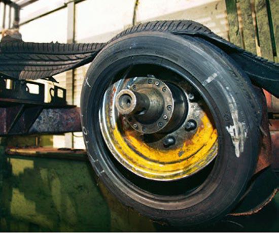 Тест драйв резины для легковых авто: результаты тестирования шин Fulda EcoControl HP, Goodyear EfficientGrip Performance, Hankook Kinergy Eco K425, Kumho Solus KH17 195/65/15 Auto Bild 2013