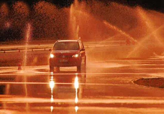 Испытание покрышки для легковых авто: управляемость Goodyear EfficientGrip Performance, Hankook Ventus Prime 2 K115, Michelin Energy Saver Plus 205/55/16 Gute Fahrt 2013