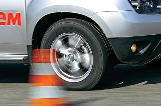 Тестирование шины для SUV: экспертное тестирование покрышек для кроссоверов 215/65 R16 Dunlop GrandTrek PT2, Goodyear EfficientGrip SUV, Hankook Dynapro HP RA23
