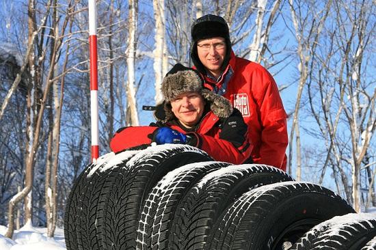 Тестирование резины: Управляемость на сухой поверхности Goodyear UltraGrip 8, Imperial Snow Dragon 2, Michelin Alpin A4, Nexen WinGuard SUV 215/65/16 Auto Bild Allrad 2013