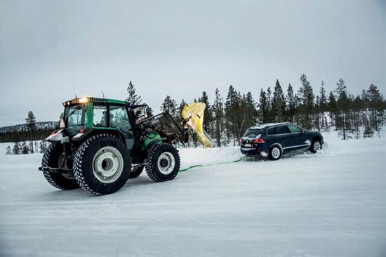 Тесты покрышек: Ускорение на снегу Michelin Latitude Alpin LA2, Nankang Snow Viva SV2, Nokian WR SUV 3 235/65/17 офф-роад 2013