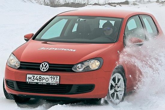 Сравнительные характеристики покрышки: зимних моделей Bridgestone Blizzak VRX, Goodyear UltraGrip Ice 2, Kumho I Zen KW31, Michelin X-Ice XI3 205/55/16 За рулем 2014