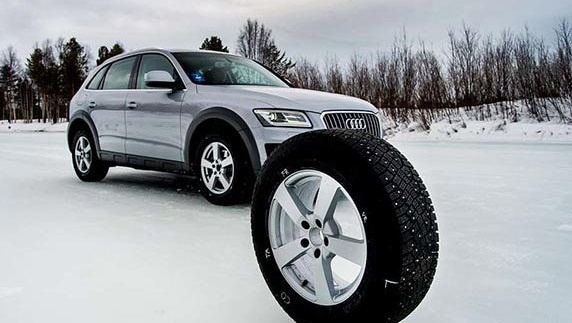 Тесты колеса для внедорожников: Bridgestone Blizzak DM-V2, Goodyear UltraGrip Ice Arctic, Michelin Latitude X-Ice 2 235/65/17 Test World 2016