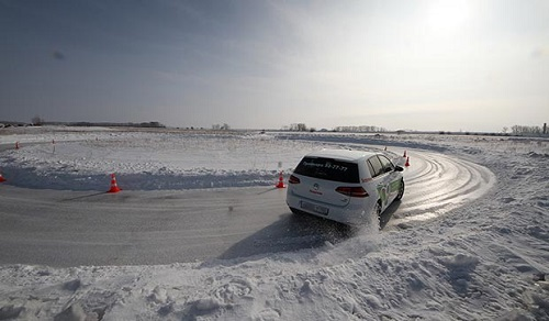 Сравнительный тест покрышки: Hankook Winter I*Pike RS W419, Michelin X-Ice North 3, Nokian Hakkapeliitta 8 205/55 R16 За рулём 2015