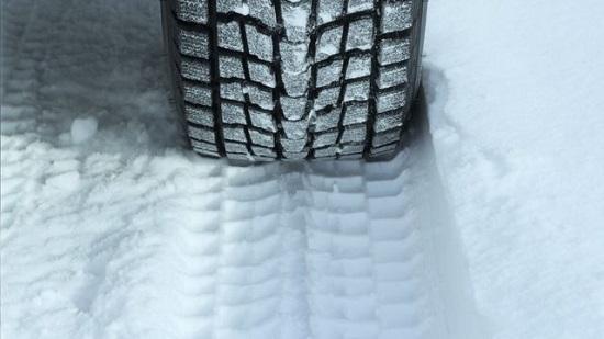 Тесты покрышки: Continental WinterContact TS 860, Goodyear UltraGrip Performance SUV Gen-1 205/55/16 Auto Express 2016