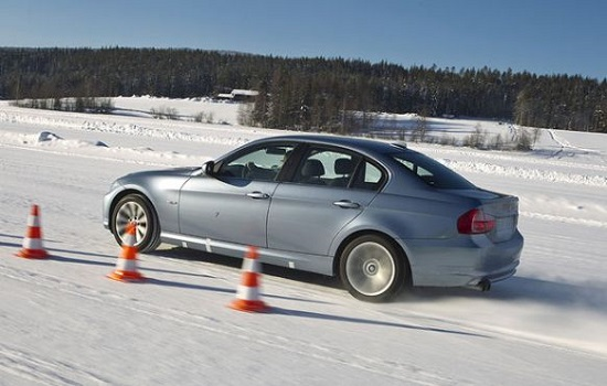 Тест драйв покрышек: Bridgestone Blizzak VRX, Hankook Winter I*Cept Evo 2 W320, Michelin X-ice Xi3 225/45 R17 AutoView 2016