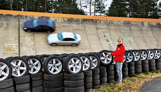 Тест драйв автошин для летнего сезона: Bridgestone Turanza T001, Hankook Ventus Prime 3 K125 225/50/17 Auto Bild 2017